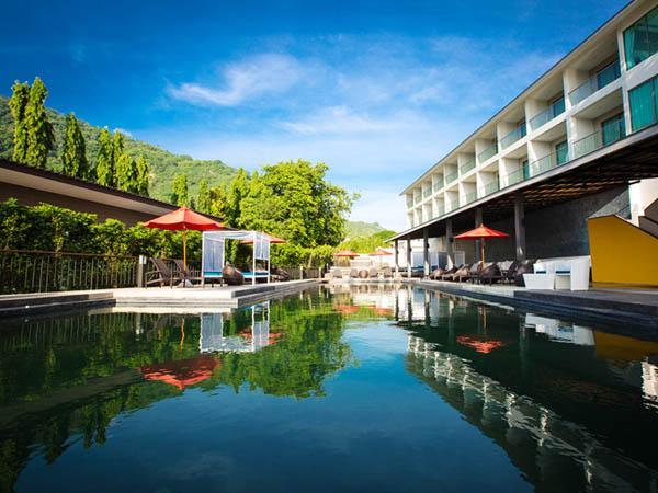 โรงแรม ซันเซ็ทบีชคลับ เกาะพะงัน